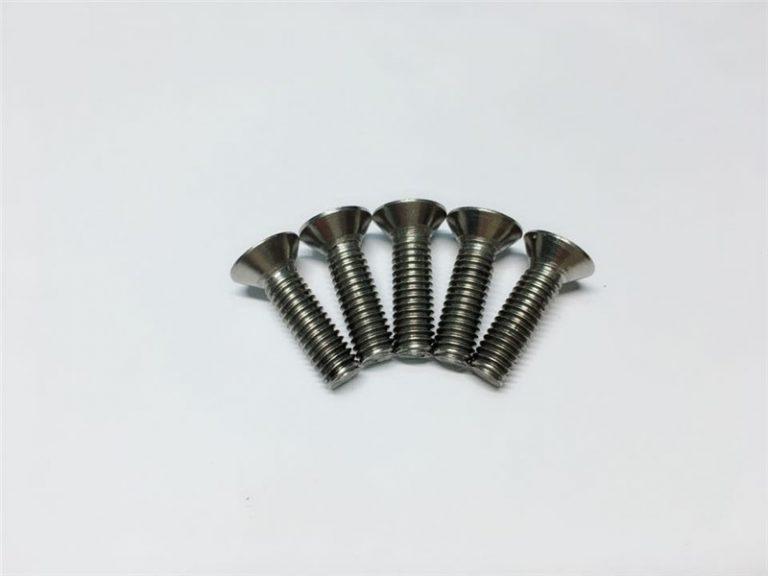 M3, M6 завртка за титаниум рамна капа за глава на титаниумска прирабничка завртка за операција на 'рбетниот столб