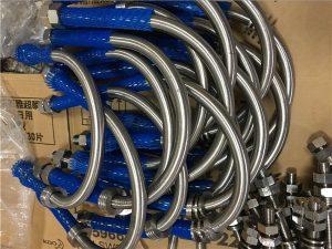 Бр.16-Ниска цена на цевката од не'рѓосувачки челик A Болт A2, A4