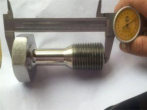 прилагодена CNC свртена прицврстувачка завртка за делови прецизна обработка