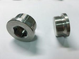 обичај изработен завртки од не'рѓосувачки челик со прстен на клучот СС